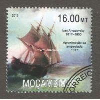Мозамбик почтовая марка 2013 года Парусник.